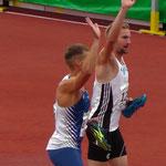 J. Reus und L. Jakubczyk Ehrenrunde / 1. und 2. Platz 100m