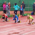 Start 50m Viktoria und Josi