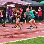 Start 75m - Lucia (Platz 1) und Carolin (Platz 3)