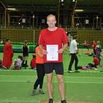 Niels Süßmilch auf dem ersten Platz beim Weitsprungwettbewerb der Männer.
