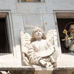 Horloge de l'Hotel de Ville - le défilé des Apôtres