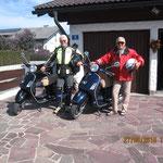mit meinen Bruder Olaf und unseren Vespas auf Tour
