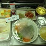 Leckeres, koreanisches Essen im Flugzeug