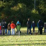 7 Hunde, 7 Hundeführer, 14 (8-12 jährige) Kinder!