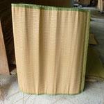 『ミーティンバムース』3尺8寸巾あり、夫婦円満の筵と呼ばれています。。(通常は2尺9寸巾)