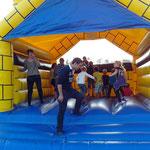 Jugendplatzfest 2014 - Hüpfburg