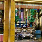 阿弥陀堂にはもちろん阿弥陀様の御木像。