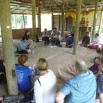 Begegnung mit dem ersten Dorf