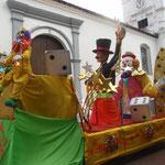 Die Umzugswagen wurden in Casco Viejo stationiert