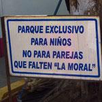 """""""Dieser Park ist nur für Kinder und nicht für Erwachsene denen es an Moral fehlt"""" Hahahah!"""