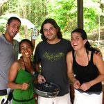 Gustavo, Anna, Edgar und Katie (Spanisch Laboratorio, Kochen)