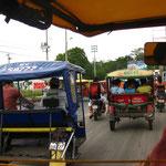 Mototaxi fahren in Iquitos ist soooo geil!!!  Laut und verrueckt, aber voll lustig!