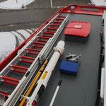 Dach: 4 Teilige Steckleiter, Einreishacken, Monitor RM 24M