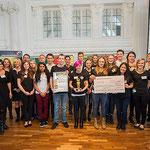 Alle Beteiligten bei der feierlichen Preisverleihung im Weißen Saal des Stuttgarter Schlosses