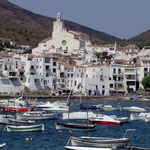 Visite du village de Dali : Cadaqués à 1 h 25 mn par Figueres et 1h45 mn par la côte.