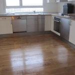 Massivdielenboden auch im Küchenbereich möglich