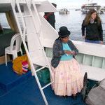 Billettkontrolle zur 3-stündigen Fahrt auf dem Titicacasee zur Isla del Sol