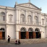 Teatro Municipal in Iquique wurde 1890 als Opernhaus eingeweiht.