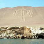 El Candelabro, eine Sandzeichnung der Inca, die über die Jahrhunderte trotz der Sandstürme nicht verschwindet