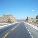 Die Panamericana in Peru: Durch die Wüste der Küste entlang