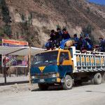 Schulbus in Peru