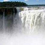 Garganta del Diablo, bei den Iguazu Wasserfällen, auf der argentinischen Seite