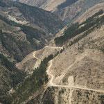 Oft führt unser Weg über Päss bei denen es mehr als 2000  Höhenmeter zu überwinden gibt