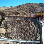Der Tren de las Nubes auf dem Viaducto la Polvorilla auf 4200 m über Meer.