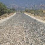 Ein Stück von 70km dieser Strasse, zwischen Sucre und Cochabamba