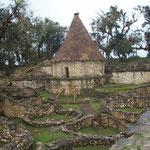 Nachbau einer Rundhütte der Chachapoya