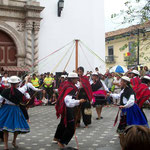 Trachtentanz am Unabhängigkeitstag, 3.Nov. Cuenca Equador