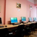 Notre salle informatique, claire et conviviale