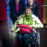 Crédit photo inconnu - Isabelle Pichard, Chantal Lauby et Dominique Veran, Présidente du Festival Entr'2 Marches (dans le fauteuil)