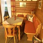 Wohnküche, gemütliche Eckbankgruppe - Haus Achner - Wallgau in der Alpenwelt Karwendel