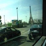PARISの市内バスからの車窓、このラインは観光地を網羅で窓もデカイので良いです、是非ご乗車下さいw