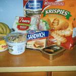 これはエーゲ海の島のスーパーでGET、日本で見ない食い物がたくさんw面白い