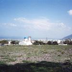 これはサントリーニ島の風景、ギリシャっぽいでしょw