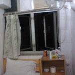 ここはインド人のおやじの宿、風呂が狭めーっw次の日に中国人の女性の宿に鞍替えw良い奴ではあった