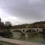 ローマ市内の橋