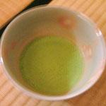 お抹茶と和菓子は合うね、上品な苦味と甘み