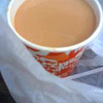 同じ店のミルクティー、有名なだけ有り味が濃くて美味しい、イギリスの影響だね