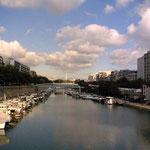 PARISのla seneです