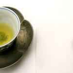 これが花月流のお煎茶、甘くてまさに甘露なお味です、品が良い