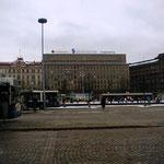 ヘルシンキの中央駅の建物、結構大きい