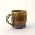 アメ釉マグカップ(大) 口径9cm x 高さ8.5cm