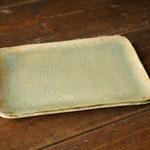 ビードロ釉角皿(中) 21cm x 17cm