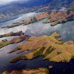 Tiefflug über Danau Sentani