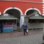Markthütten in grau