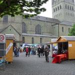 Hansemarkt in Soest mit Hütten von Holzhaus Roew