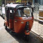トゥクトゥク タクシー